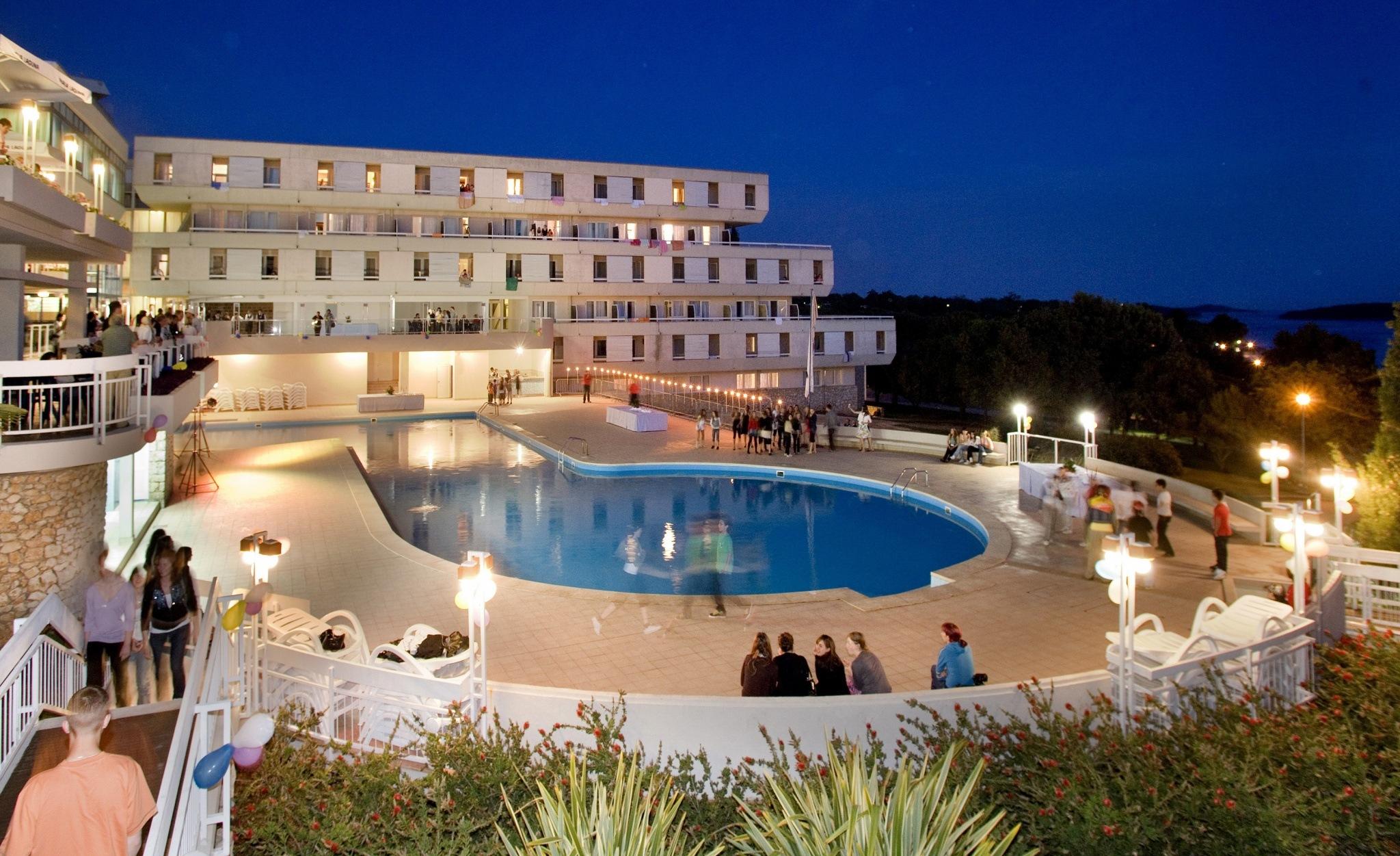 Hotel Delfin**